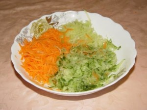 Вкусный салат из зеленой редьки (пошаговый рецепт с фото).