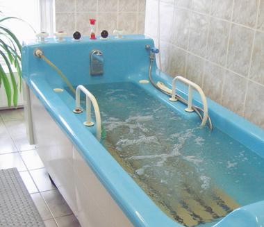 Лечебные ванны: виды, польза и противопоказания.