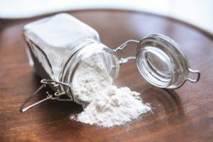 Польза белой глины для кожи.