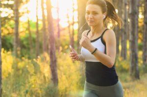 Топ-5 фитнес упражнений, которые по эффективности не уступают бегу